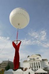 ballon mit Tuchakrobatik