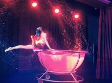 Show im Wasser
